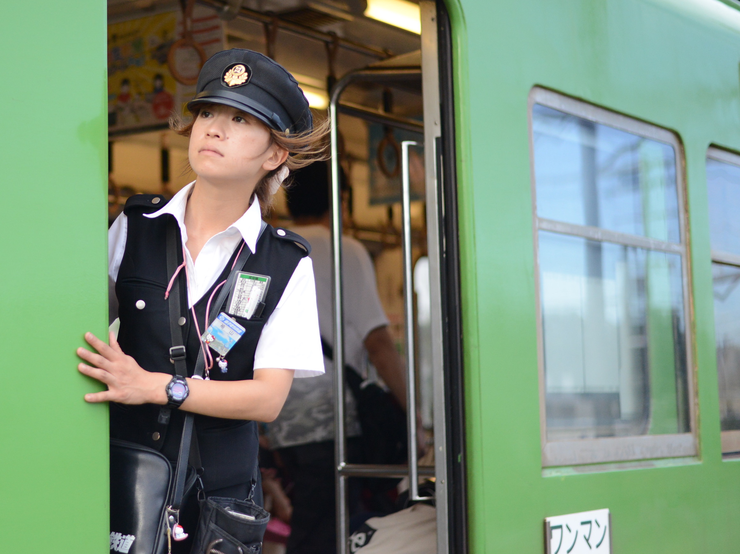 目標は定年まで働くこと!銚子電鉄唯一の女性車掌の毎日|話題のまずい棒についても聞いてみた
